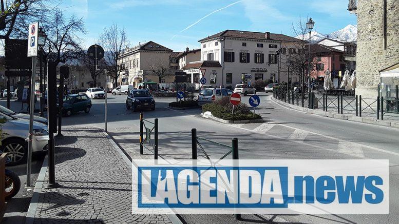 Giaveno, piazza San Lorenzo