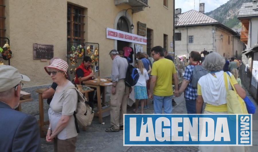 """Bardonecchia: che festa al Melezet per le """"Scapulaire"""""""