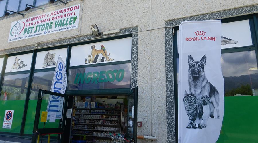 Pet Store Valley Chiusa di San Michele